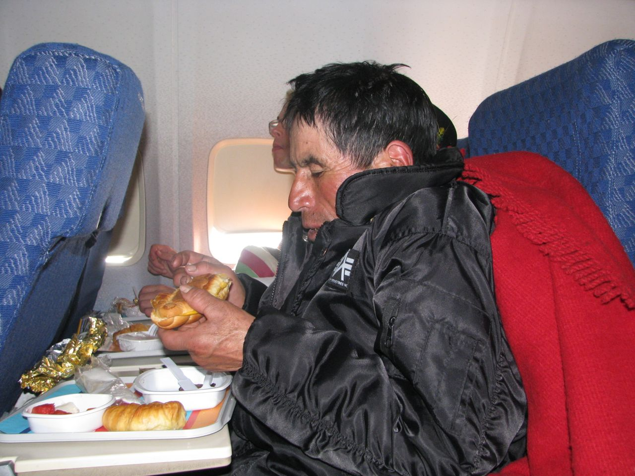 Baltazar's first plane meal
