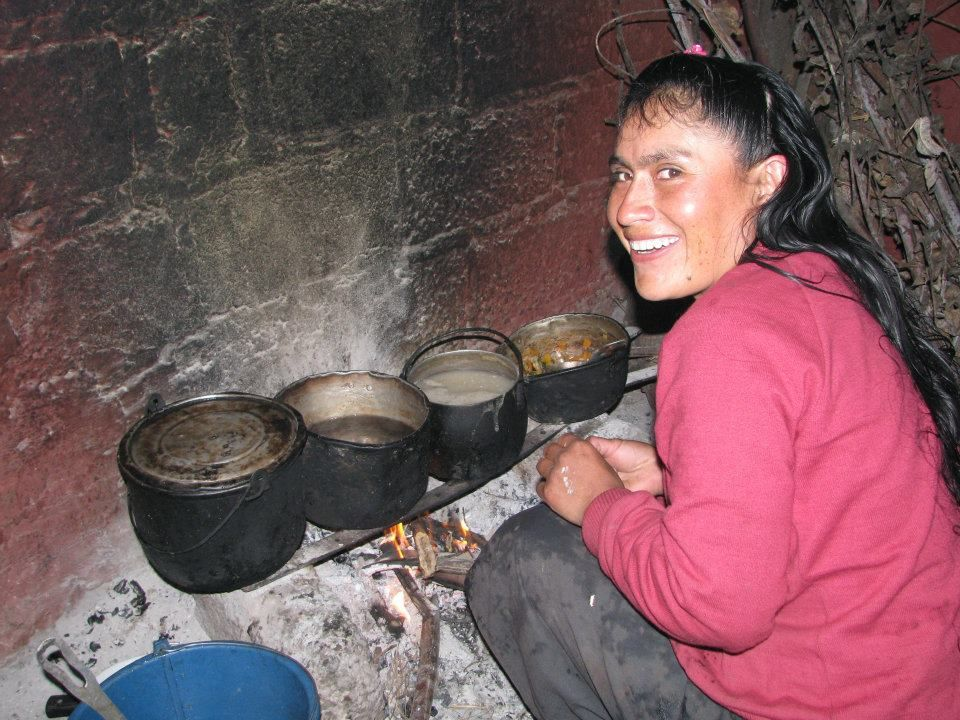 Maria, Baltazar's daughter, prepares breakfast